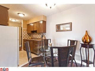 "Photo 4: 309 1520 BLACKWOOD Street: White Rock Condo for sale in ""Blue Surf"" (South Surrey White Rock)  : MLS®# F1128093"