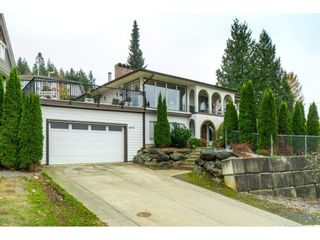 Photo 1: 46914 RUSSELL Road in Chilliwack: Promontory House for sale (Sardis)  : MLS®# R2515772