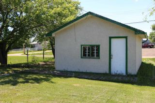 Photo 2: Unit A & B 5226 47 Street: Barrhead Duplex Front and Back for sale : MLS®# E4256795