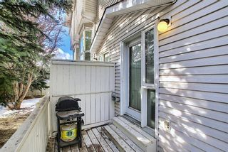Photo 10: 96 Glenbrook Villas SW in Calgary: Glenbrook Row/Townhouse for sale : MLS®# A1072374