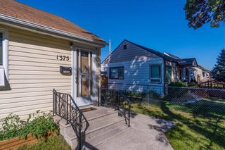 Photo 3: 1375 Magnus Avenue in Winnipeg: Shaughnessy Heights Residential for sale (4B)  : MLS®# 202120371
