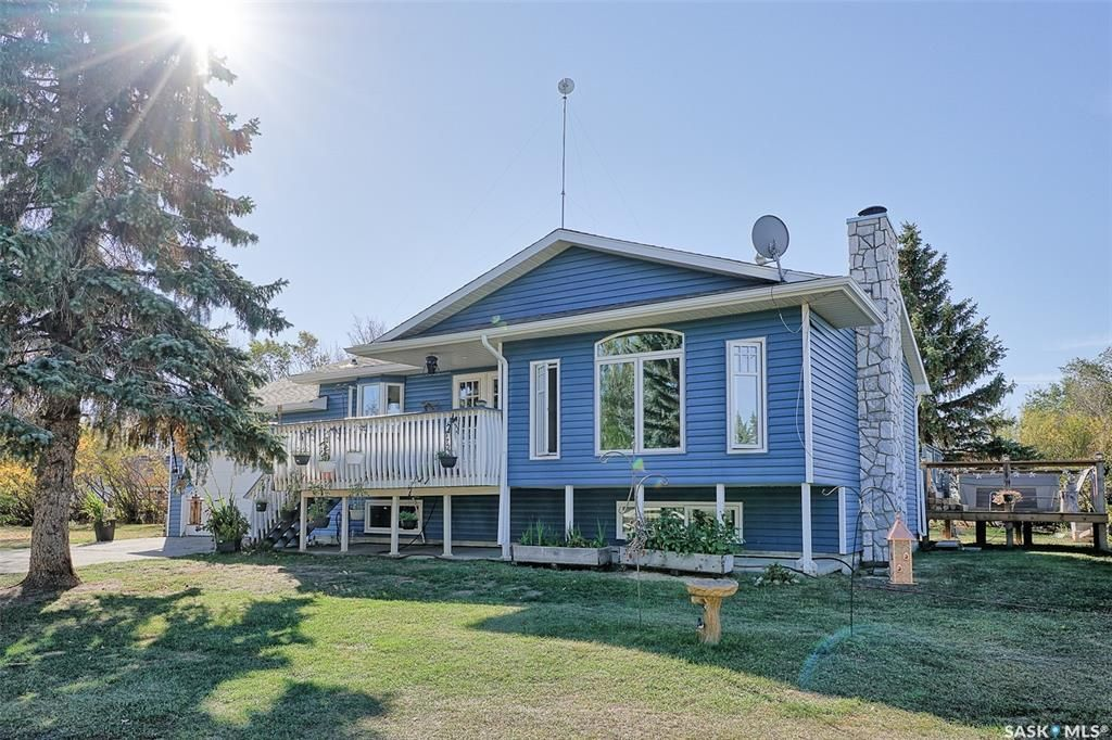 Main Photo: Brown Acreage in Gruenthal: Residential for sale : MLS®# SK872186