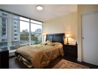 "Photo 6: 402 175 W 2ND Street in North Vancouver: Lower Lonsdale Condo for sale in ""VENTANA"" : MLS®# V933531"