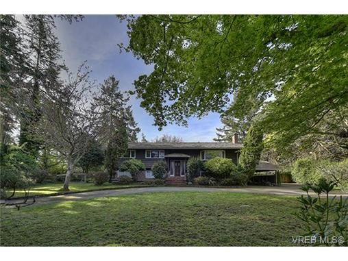 Main Photo: 2987 Baynes Rd in VICTORIA: SE Ten Mile Point House for sale (Saanich East)  : MLS®# 726592