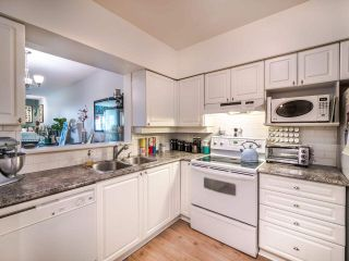 "Photo 11: 405 221 ELEVENTH Street in New Westminster: Uptown NW Condo for sale in ""THE STANFORD"" : MLS®# R2572440"