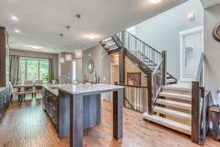 Photo 3: 421 12 Avenue NE in Calgary: Renfrew Semi Detached for sale : MLS®# A1145645