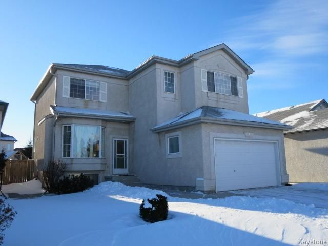 Main Photo: 6 Golden Eagle Drive in Winnipeg: Single Family Detached for sale (Eaglemere)  : MLS®# 1500752