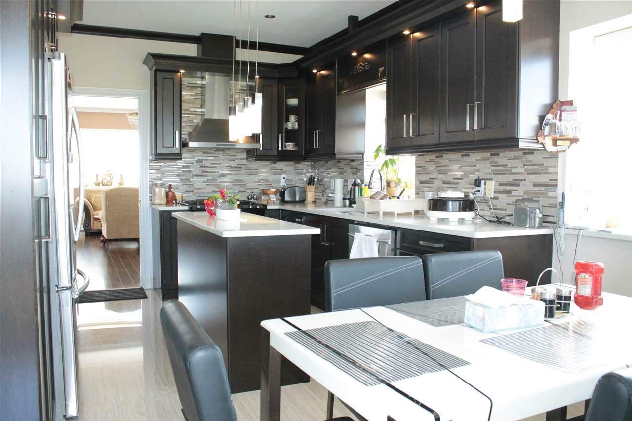 Photo 5: Photos: 6521 HOLLY PARK DRIVE in Delta: Holly House for sale (Ladner)  : MLS®# R2021898
