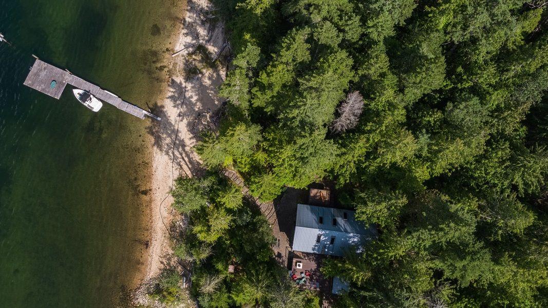 Main Photo: #1 Turtle Bay in Mara Lake: MARA Lake Turtle Bay House for sale (Sicamous)