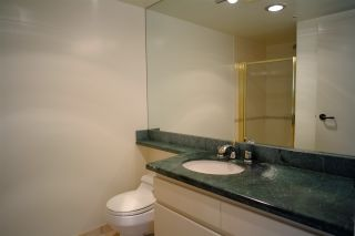 """Photo 7: 503 2108 W 38TH Avenue in Vancouver: Kerrisdale Condo for sale in """"The Wilshire"""" (Vancouver West)  : MLS®# R2058864"""