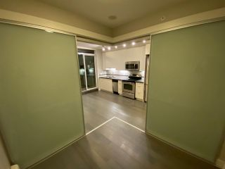 """Photo 6: 501 9025 HIGHLAND Court in Burnaby: Simon Fraser Univer. Condo for sale in """"Highland House"""" (Burnaby North)  : MLS®# R2527975"""