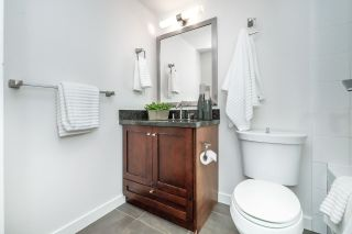 """Photo 14: 1705 1 RENAISSANCE Square in New Westminster: Quay Condo for sale in """"The Q"""" : MLS®# R2623606"""