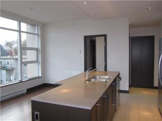 """Photo 5: 404 1088 W 14TH Avenue in Vancouver: Fairview VW Condo for sale in """"COCO"""" (Vancouver West)  : MLS®# V1044068"""