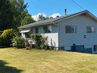 Photo 1: 49155 YALE Road in Chilliwack: East Chilliwack House for sale : MLS®# R2580755