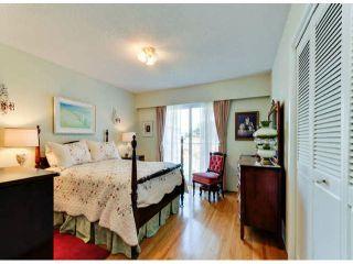 Photo 13: 1061 EWSON Street: White Rock House for sale (South Surrey White Rock)  : MLS®# F1423290