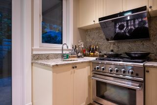 Photo 13: 1479 CHIPPENDALE Road in West Vancouver: Canterbury WV House for sale : MLS®# R2616361