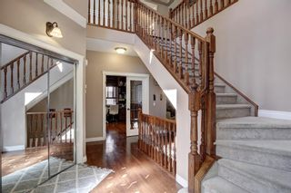Photo 13: 30 Simcrest Manor SW in Calgary: Signal Hill Detached for sale : MLS®# A1146154