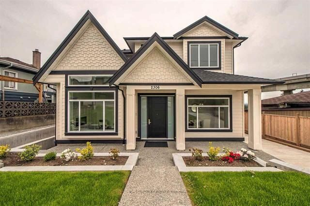 """Main Photo: 2306 EDINBURGH Street in New Westminster: Connaught Heights House for sale in """"CONNAUGHT HEIGHTS"""" : MLS®# R2200134"""