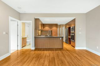 Photo 9: 308 3008 GLEN DRIVE in Coquitlam: North Coquitlam Condo for sale : MLS®# R2532784
