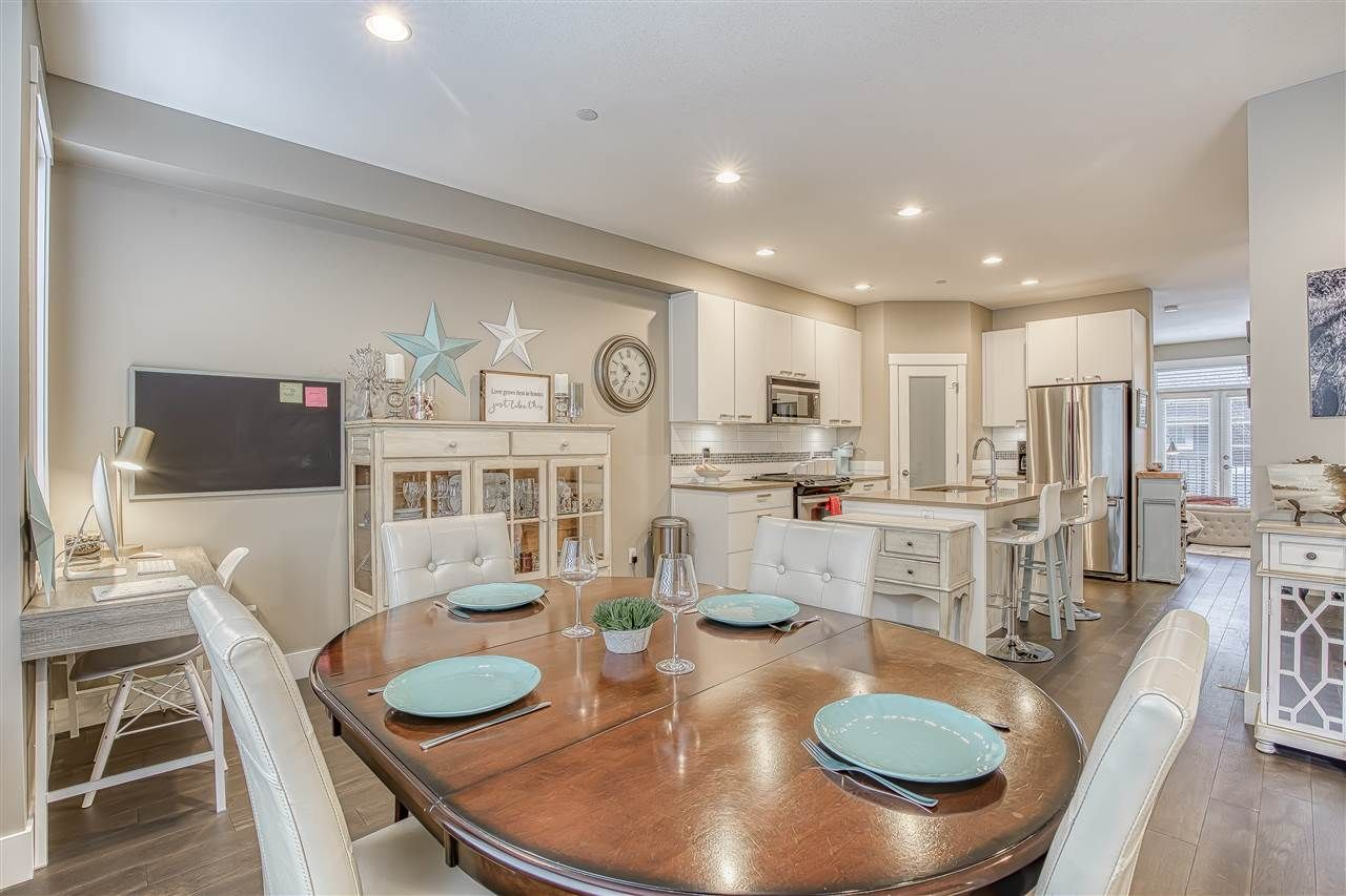 """Photo 4: Photos: 10 23709 111A Avenue in Maple Ridge: Cottonwood MR Townhouse for sale in """"Falcon Hills"""" : MLS®# R2431365"""