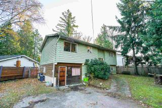 Photo 3: 4920 200 Street in Langley: Langley City House for sale : MLS®# R2425488