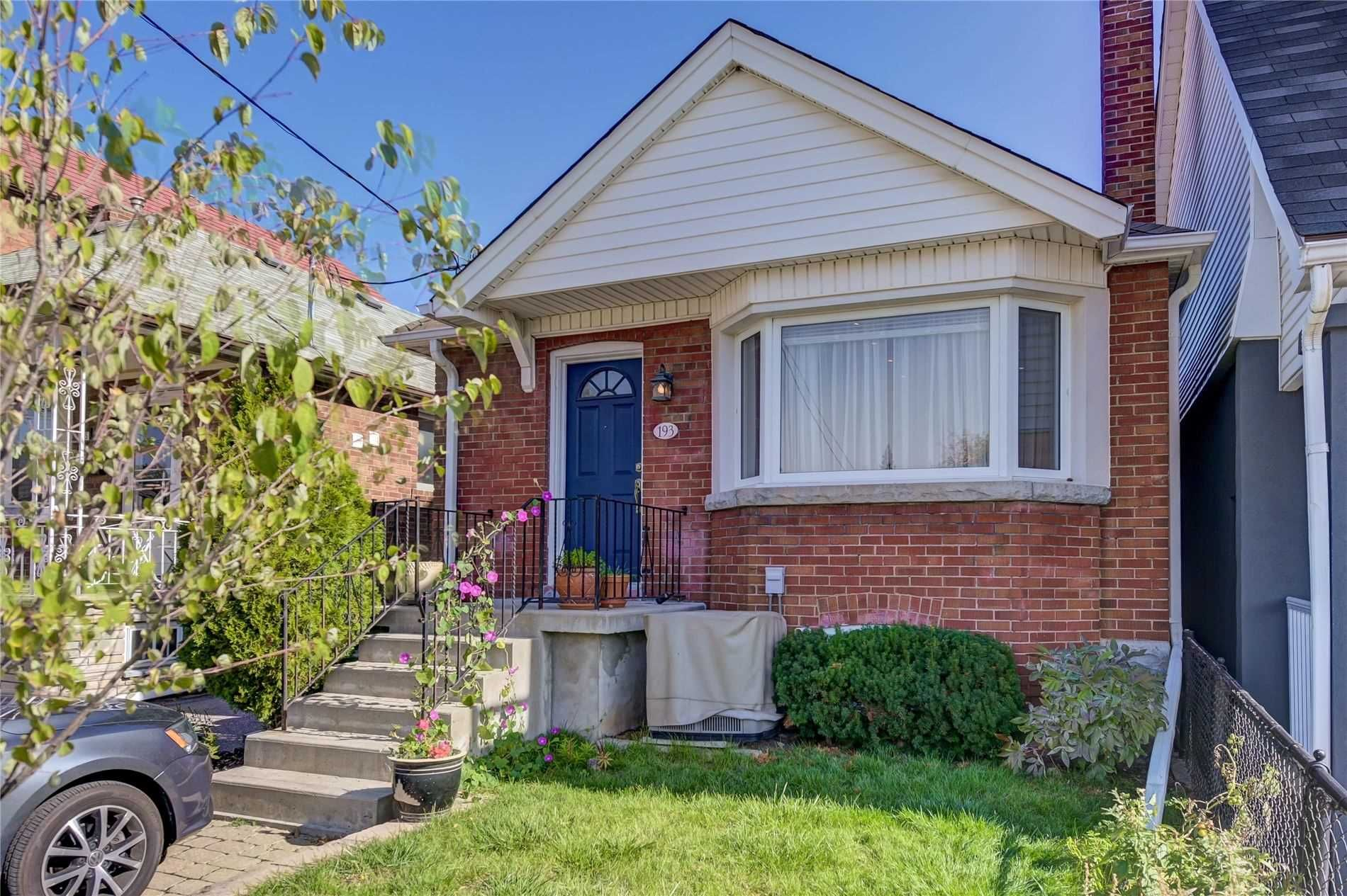 Main Photo: 193 Cedric Avenue in Toronto: Oakwood-Vaughan House (Bungalow) for sale (Toronto C03)  : MLS®# C4955329