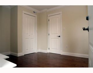 "Photo 9: 5533 6TH Avenue in Tsawwassen: Tsawwassen Central House for sale in ""TSAWWASSEN CENTRAL"" : MLS®# V771772"
