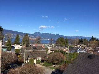 "Photo 3: 4546 BELMONT Avenue in Vancouver: Point Grey House for sale in ""Point Grey"" (Vancouver West)  : MLS®# V1118801"