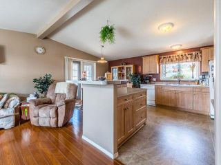 Photo 3: 24 768 E SHUSWAP ROAD in Kamloops: South Thompson Valley Manufactured Home/Prefab for sale : MLS®# 152061