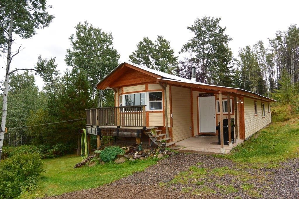 Main Photo: 2828 PTARMIGAN Road in Smithers: Smithers - Rural Manufactured Home for sale (Smithers And Area (Zone 54))  : MLS®# R2615113