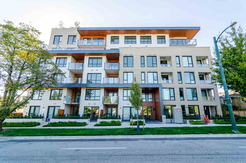 FEATURED LISTING: 604 - 5383 CAMBIE Street Vancouver