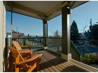 """Photo 10: 19629 68TH Avenue in Langley: Willoughby Heights House for sale in """"CAMDEN PARK"""" : MLS®# F1301205"""