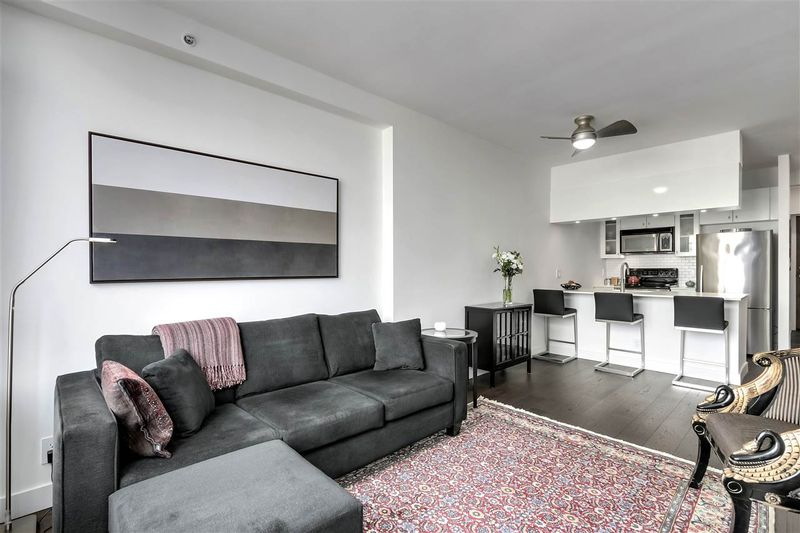 FEATURED LISTING: 1305 - 1238 BURRARD Street Vancouver