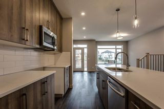 Photo 8: 279 Royal Elm Road NW in Calgary: Royal Oak Row/Townhouse for sale : MLS®# A1146441