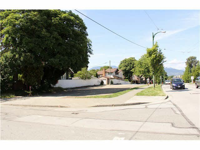 Photo 1: Photos: 3075 arbutus Street in Vancouver: Kitsilano House for sale (Vancouver West)