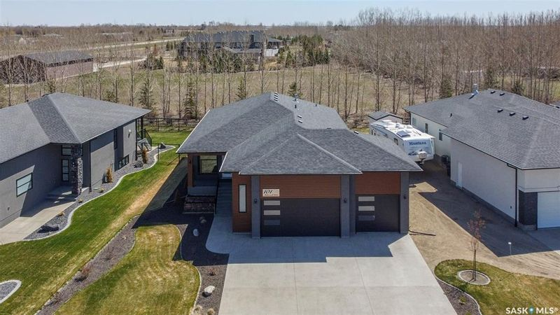 FEATURED LISTING: 101 Motherwell Drive White City
