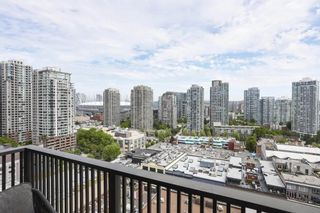 Photo 3: 1803 1055 HOMER STREET in Vancouver: Yaletown Condo for sale (Vancouver West)  : MLS®# R2524753