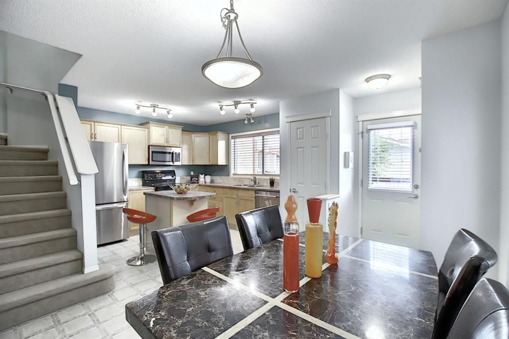 Photo 10: Photos: 646 EVERMEADOW Road SW in Calgary: Evergreen Detached for sale : MLS®# A1023171