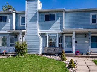 Main Photo: 21 Greig Close: Red Deer Row/Townhouse for sale : MLS®# A1113079