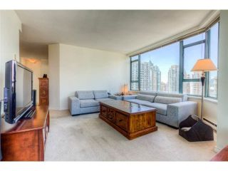 """Photo 6: 2204 888 HAMILTON Street in Vancouver: Yaletown Condo for sale in """"Rosedale Garden Residences"""" (Vancouver West)  : MLS®# R2095328"""