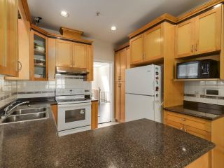 Photo 9: 1125 E 61ST Avenue in Vancouver: South Vancouver House for sale (Vancouver East)  : MLS®# R2602982