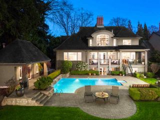 Photo 2: 1961 OCEAN PARK Road in Surrey: Crescent Bch Ocean Pk. House for sale (South Surrey White Rock)  : MLS®# R2559309