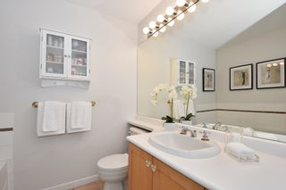 """Photo 12: 311 1990 E KENT AVENUE SOUTH in Vancouver: Fraserview VE Condo for sale in """"Harbour House"""" (Vancouver East)  : MLS®# R2145816"""
