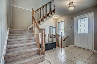 Photo 3: 650 Blythwood Square in Oshawa: Samac House (2-Storey) for sale : MLS®# E3804376