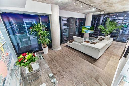 Main Photo: 2306 11 Charlotte Street in Toronto: Waterfront Communities C1 Condo for sale (Toronto C01)  : MLS®# C3751881