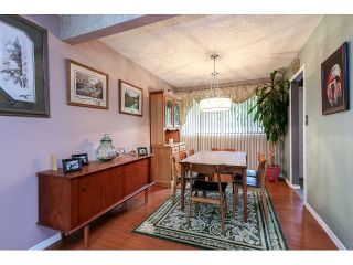 """Photo 4: 10541 SANTA MONICA Drive in Delta: Nordel House for sale in """"Canterbury Heights"""" (N. Delta)  : MLS®# F1439220"""