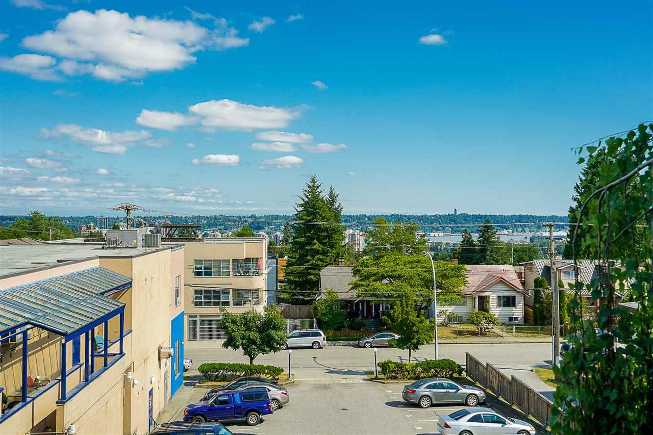 "Main Photo: 201 836 TWELFTH Street in New Westminster: West End NW Condo for sale in ""London Place"" : MLS®# R2512894"