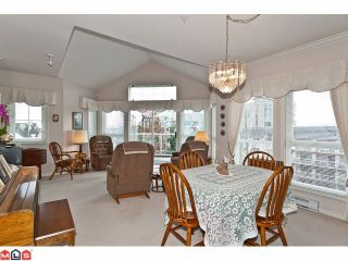 """Photo 8: # 402 1630 154TH ST in Surrey: King George Corridor Condo for sale in """"CARLTON COURT"""" (South Surrey White Rock)  : MLS®# F1202707"""