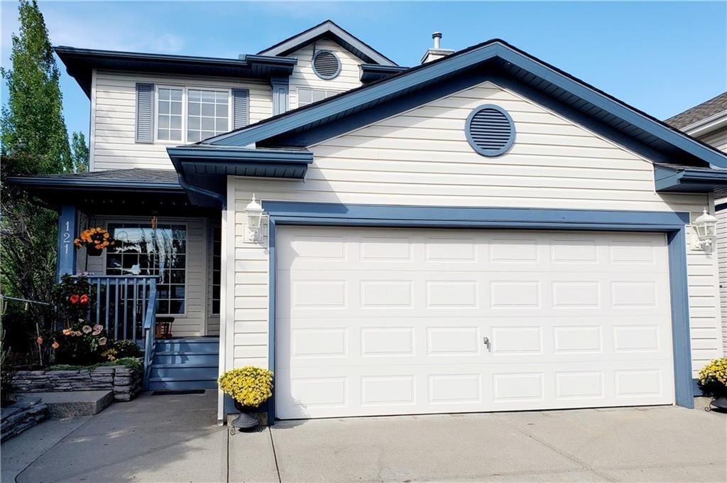 Main Photo: 121 SCHOONER Close NW in Calgary: Scenic Acres Detached for sale : MLS®# C4296299