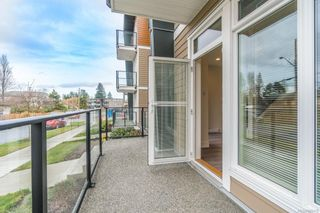 Photo 4: 104 308 Hillcrest Ave in : Na University District Multi Family for sale (Nanaimo)  : MLS®# 866419
